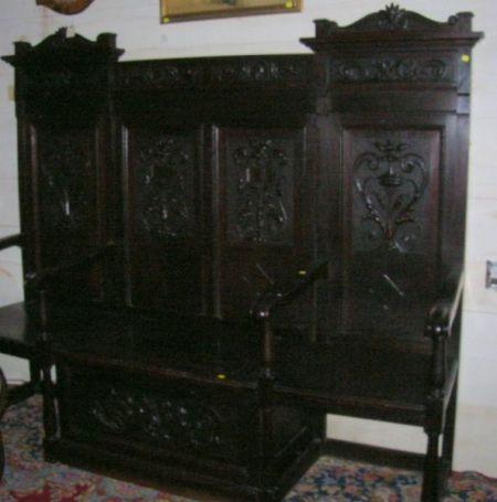 19th Century Italian Renaissance-style Carved Oak Paneled Hall Bench with Lift Seat