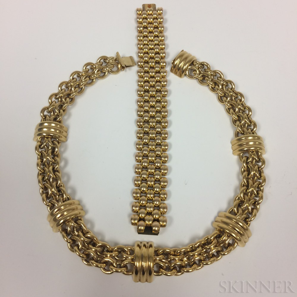 Retro Gold-plated Choker and a Gold-plated Bracelet