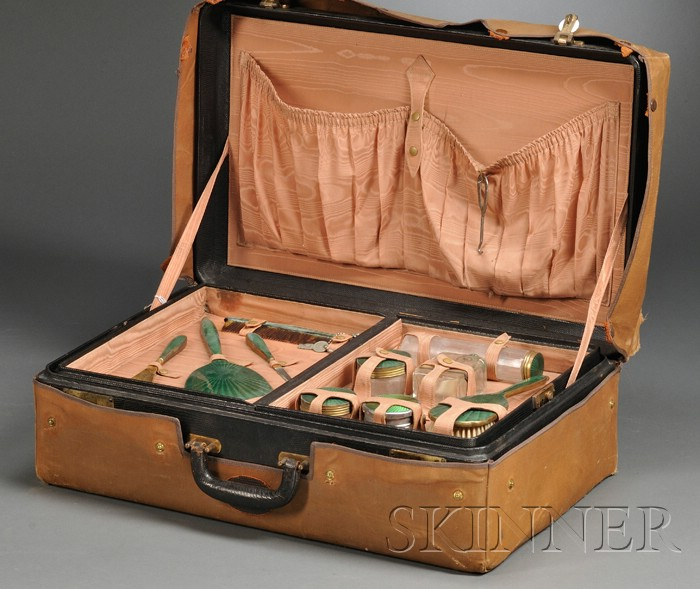 Art Deco Vanity Set in Fitted Suitcase