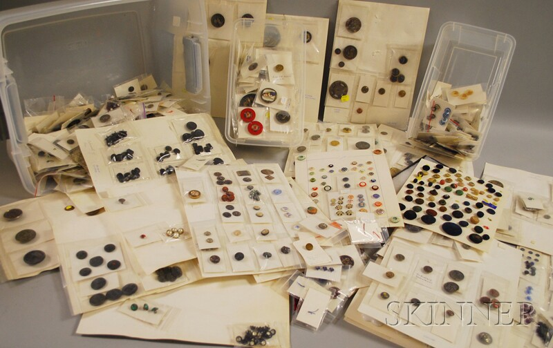 Large Collection of Antique and Vintage Buttons