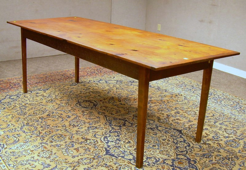 Country Federal-style Pine Breadboard-top and Maple Tapered-leg Harvest Table