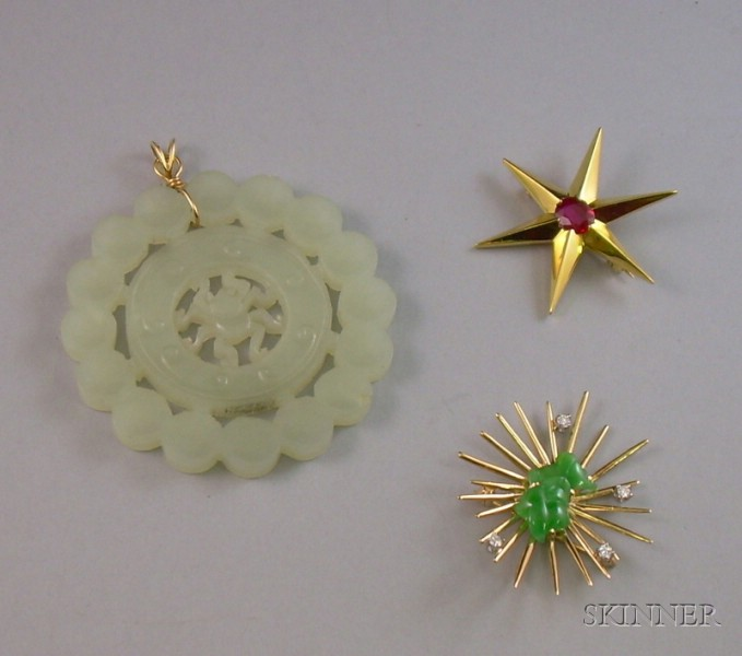 14kt Gold, Jade, and Diamond Brooch and a 18kt Gold and Ruby Star Pin
