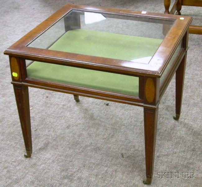 Regency-style Inlaid Mahogany Vitrine Table.