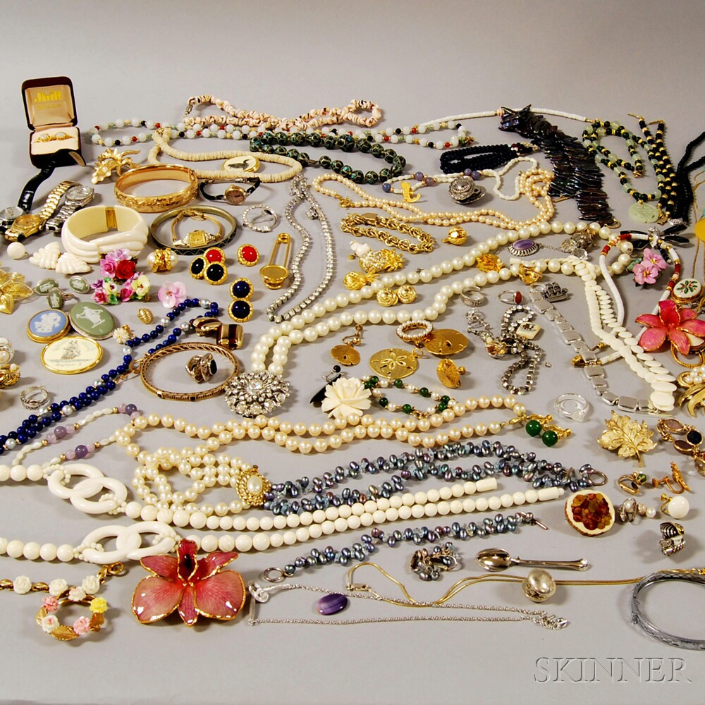 Group of Assorted Mostly Costume Jewelry