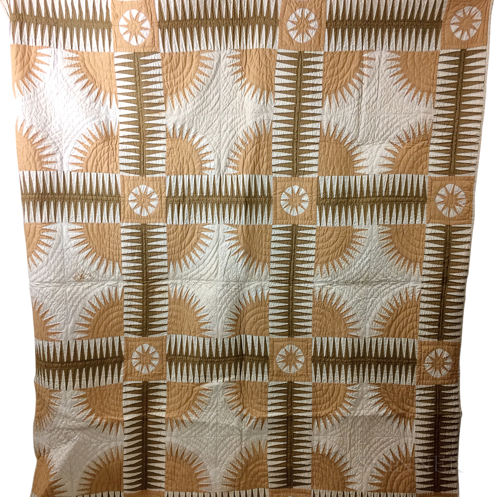 """Pieced and Appliqued Cotton """"New York Beauty"""" Quilt.     Estimate $200-250"""