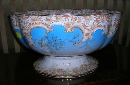 English Victorian Transfer Decorated Staffordshire Footed Punchbowl