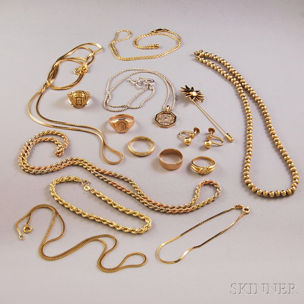 Small Group of Assorted Gold Jewelry