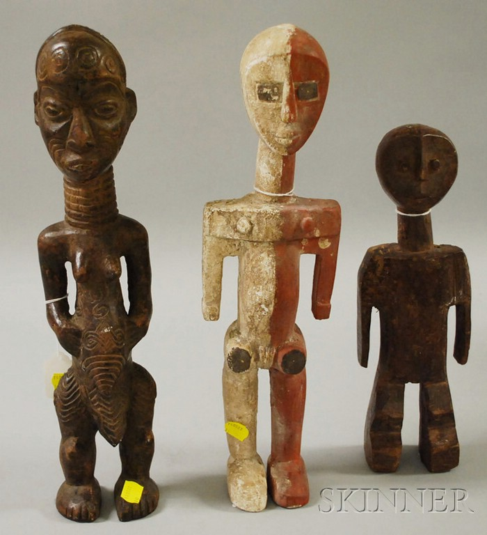 Three Sideli Carved Wooden Figures