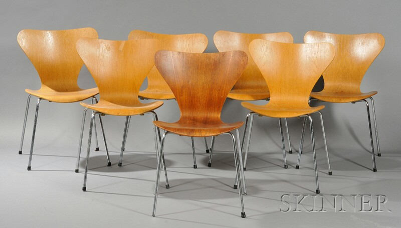 Seven Arne Jacobsen Chairs
