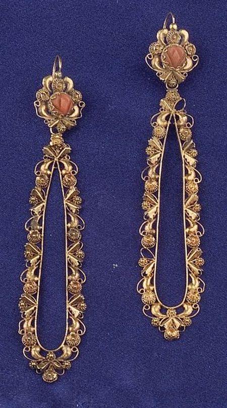 Antique 18kt Gold and Coral EarpendantsAntique 18kt Gold and Coral Earpendants