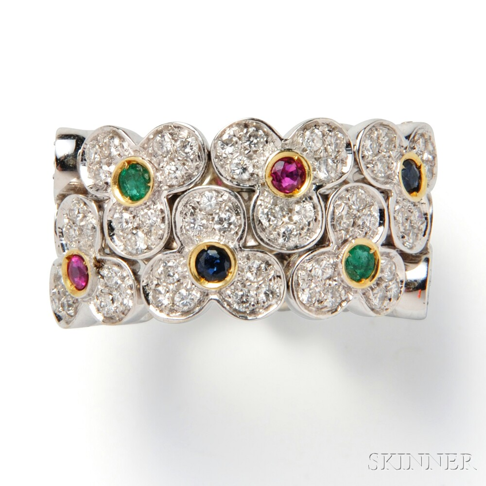 18kt Gold Gem-set Flower Ring