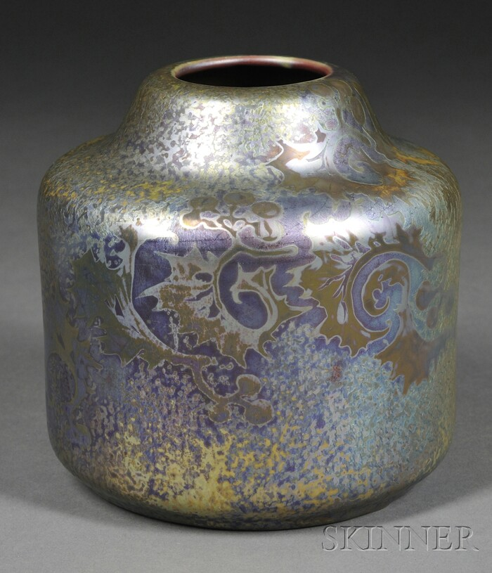 Weller Sicardo Ware Vase