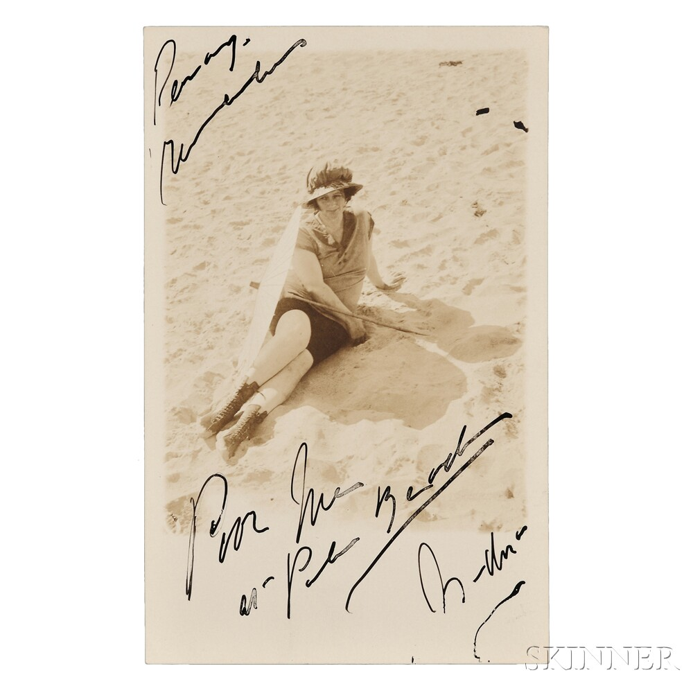 Duncan, Isadora (1877-1927) Signed Photograph.