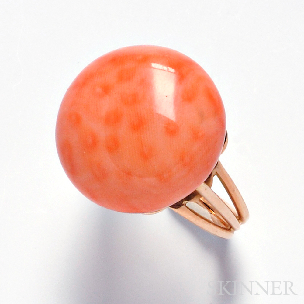 14kt Gold and Coral Ring