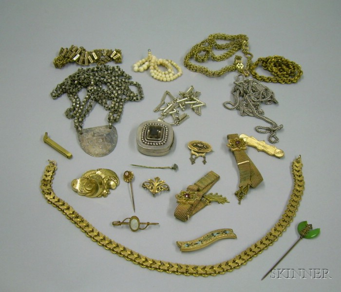 Group Mostly Victorian Goldtone and Silver Jewelry