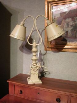 Tole Decorated Double Table Lamp.