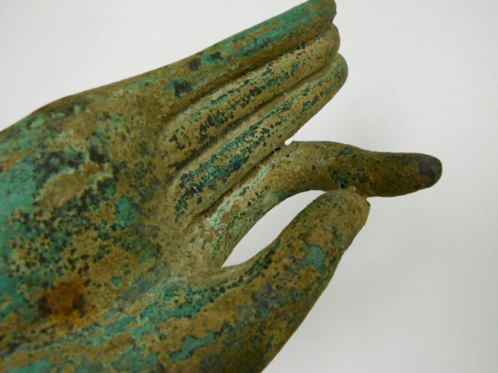 bronze buddha hand sale number 2885b lot number 431. Black Bedroom Furniture Sets. Home Design Ideas