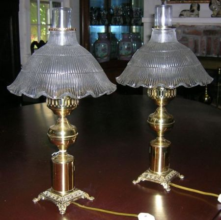 Pair of Victorian-style Brass Table Lamps with Colorless Ruffled Glass Shades.