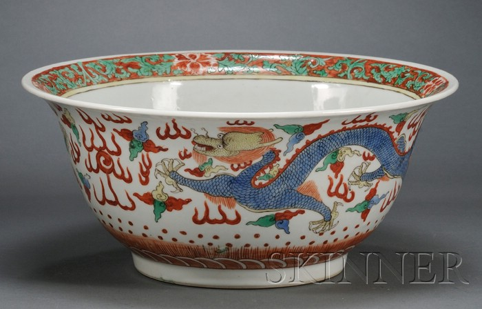 Wucai Dragon Bowl
