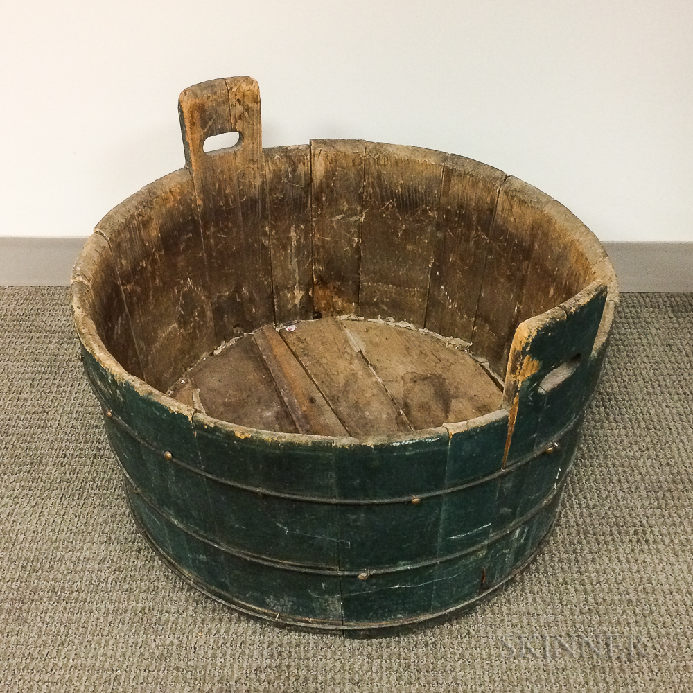 Large Green-painted Pine Stave-constructed Wash Tub