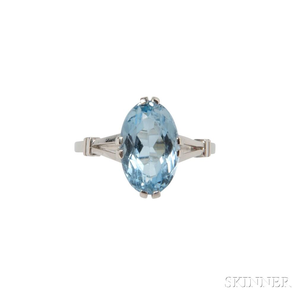 Platinum and Aquamarine Ring