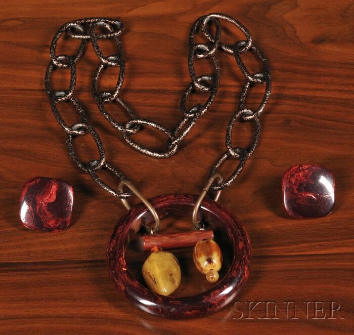 Bakelite Necklace and Earrings