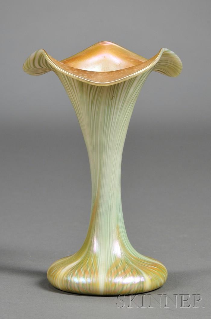Quezal Floriform Art Glass Vase