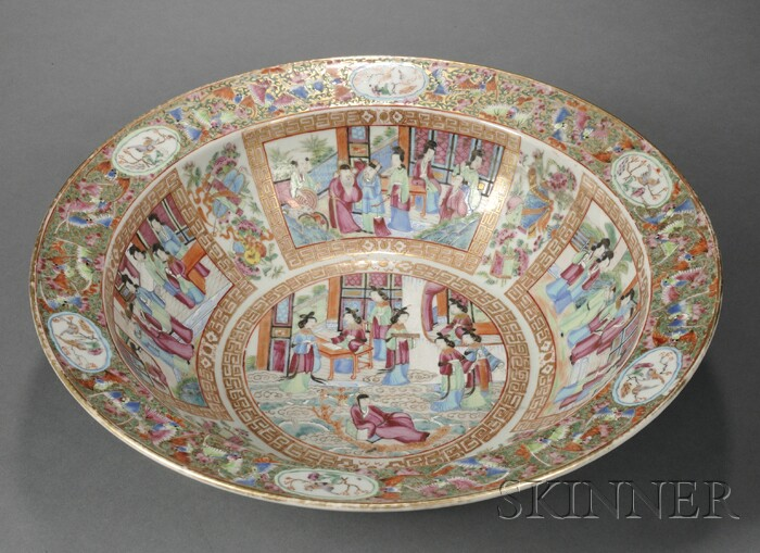 Chinese Export Rose Mandarin Porcelain Wash Bowl