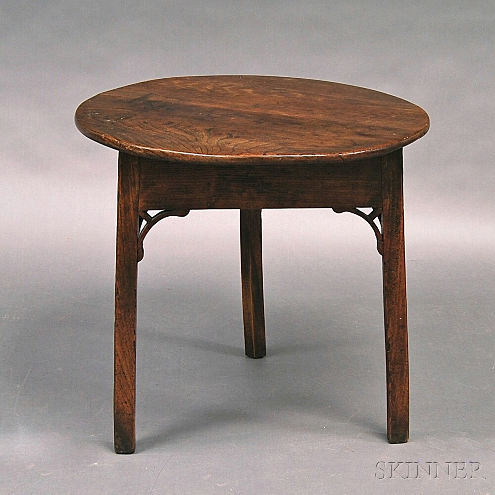 Three-leg Chestnut Tea Table