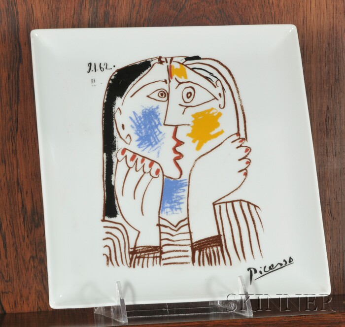 "Picasso Design Decorated Plate ""Tete Appuyee sur les Mains"""
