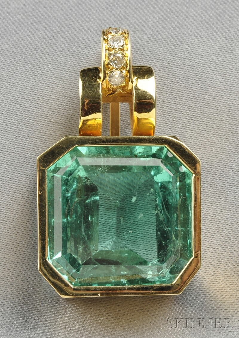 14kt Gold, Emerald, and Diamond Pendant