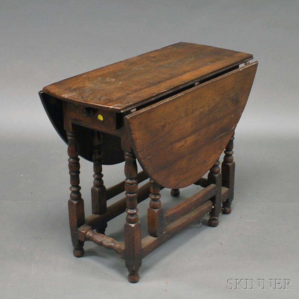 William & Mary-style Oak Drop-leaf Gate-leg Table