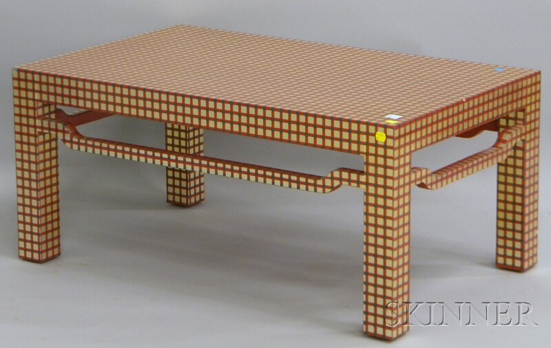Lacquered Paint-decorated Modern Chinese-style Wood Coffee Table
