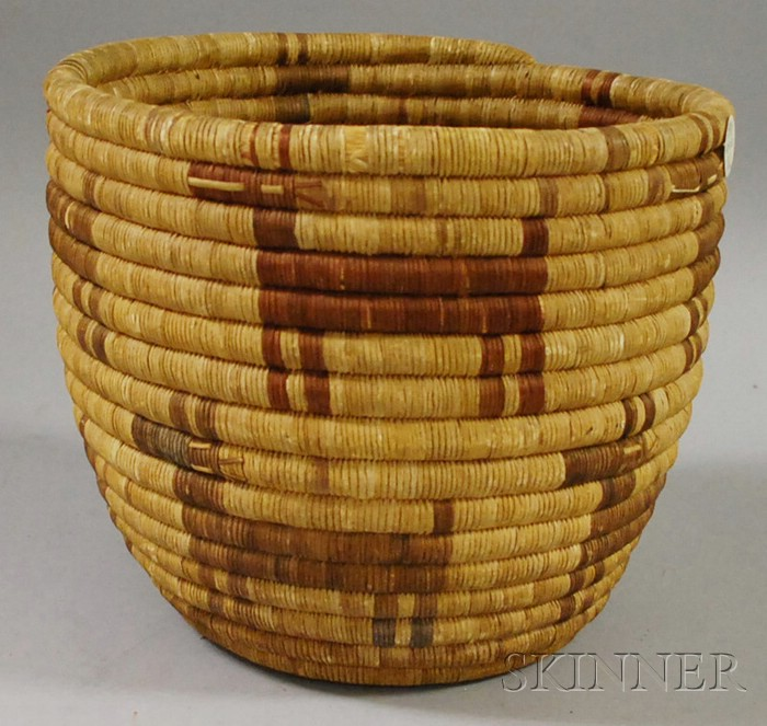 Large Hopi Basket