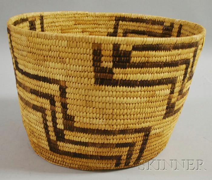 Large Native American Papago Basket