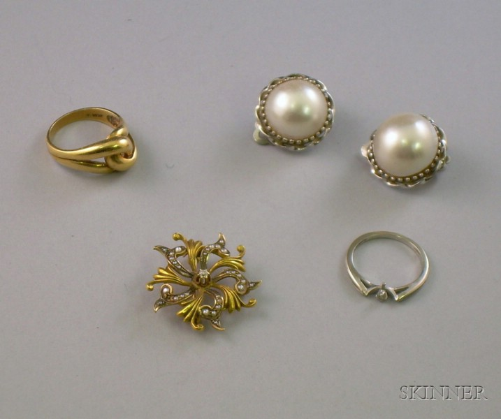 Small Group of Assorted Estate Jewelry