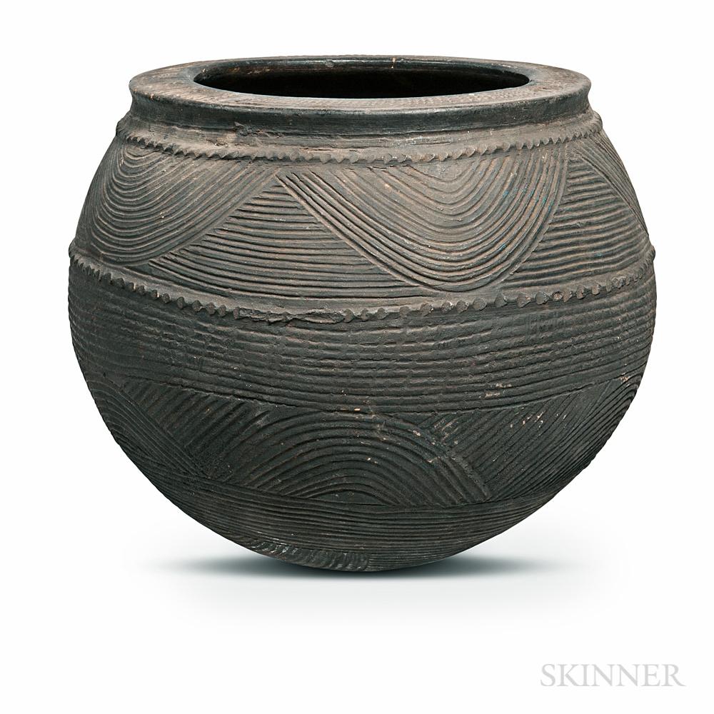 Nupe-style Pottery Vessel