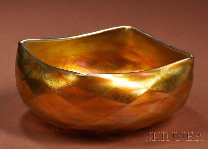 Quezal Art Glass Bowl