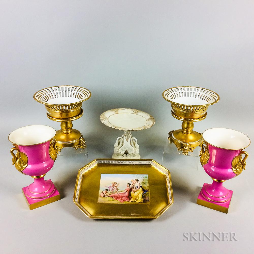 Six Porcelain Items
