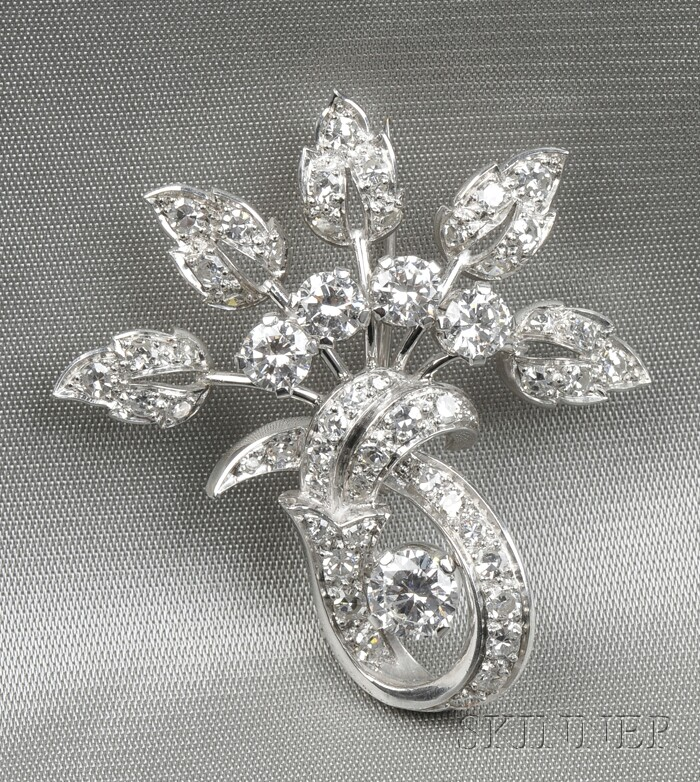 18kt White Gold and Diamond Brooch