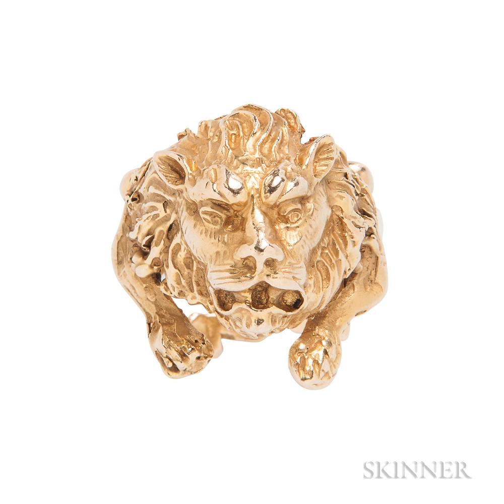 14kt Gold Lion Ring, Eric de Kolb