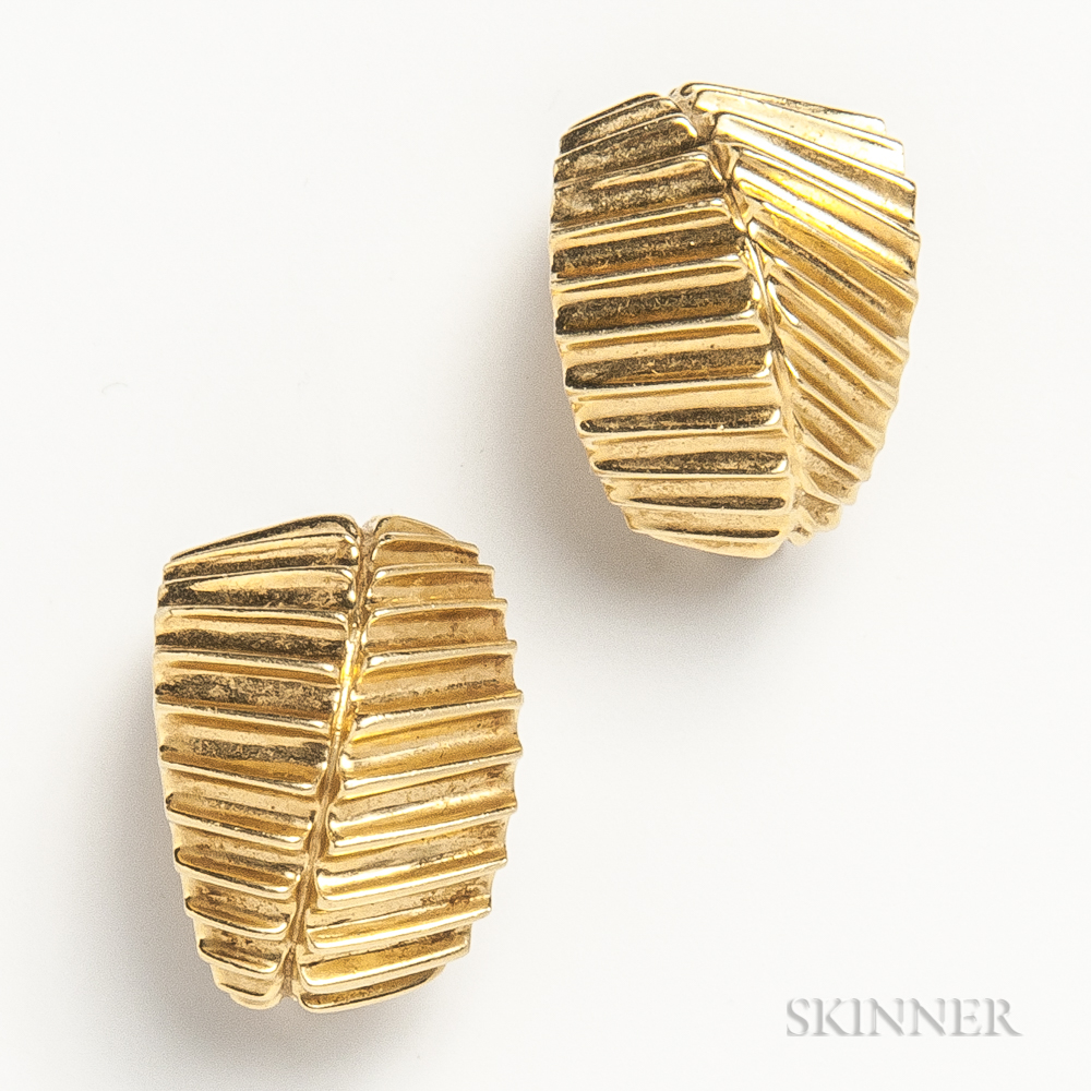14kt Gold Hoop Earclips