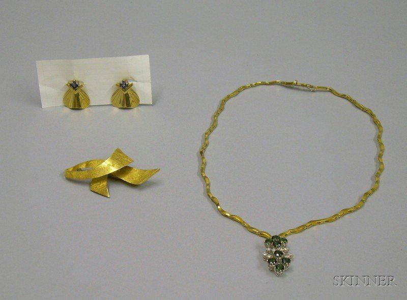 18kt Gold, Diamond, and Green Garnet Necklace, a Pair of 14kt Gold and Sapphire Earrings, and an 18kt Gold Bow ...