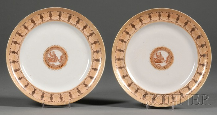 Pair of Chinese Export Porcelain Dinner Plates