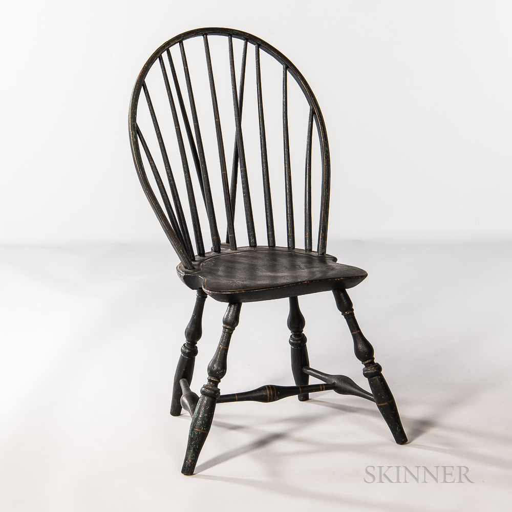 Black-painted Braced Bow-back Windsor Chair