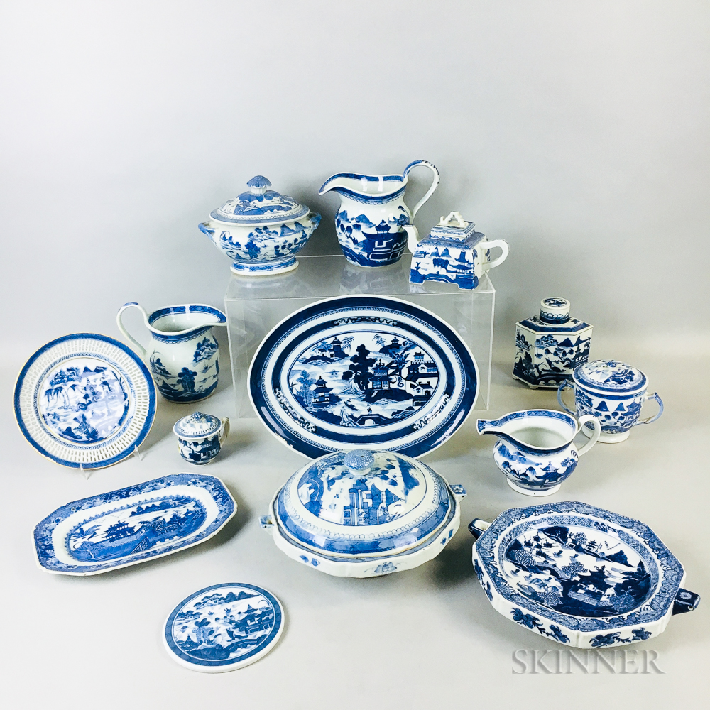 Fourteen Blue and White Canton Export Ware Items