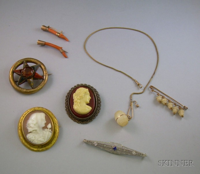 14kt Gold Lacework Bar Pin, a Pair of Coral Branch Pins, a Scottish Agate Brooch, an Early Plastic Cameo Brooch...