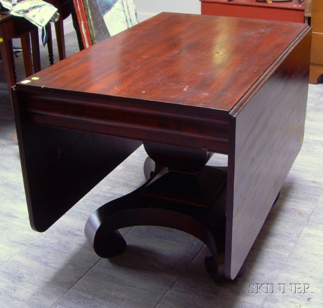 Empire Mahogany and Mahogany Veneer Drop-leaf Table.