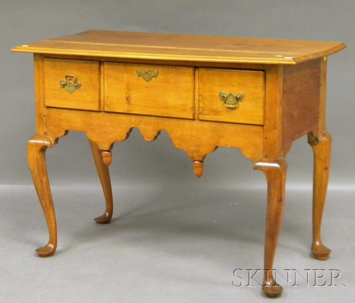 Queen Anne Maple and Cherry Lowboy