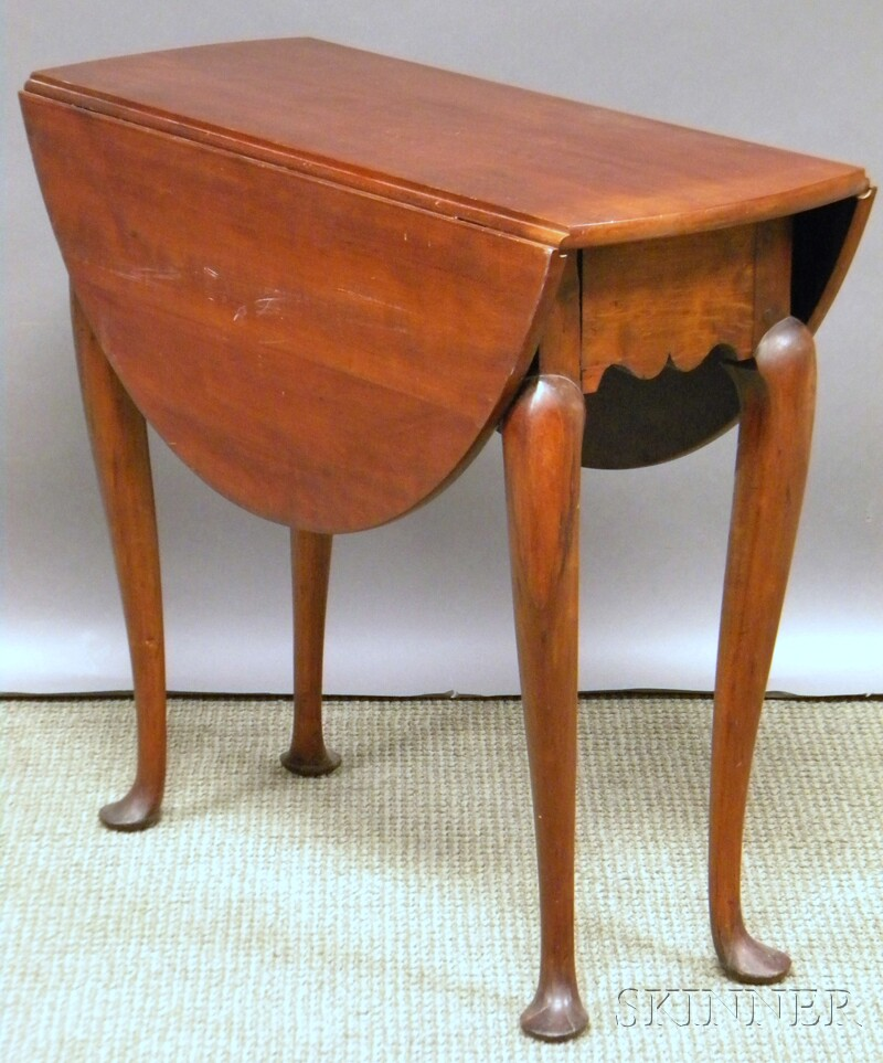 Queen Anne Cherry and Maple Drop-leaf Table